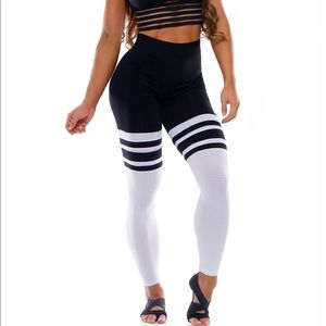 Pants - Bombshell high waisted leggings